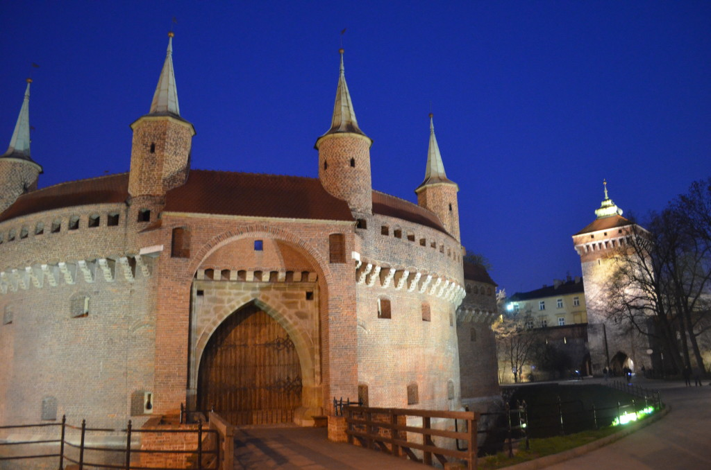 The Old Town Wall at night