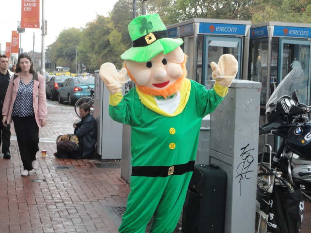 This particular leprechaun wanted gold coins in exchange for photos