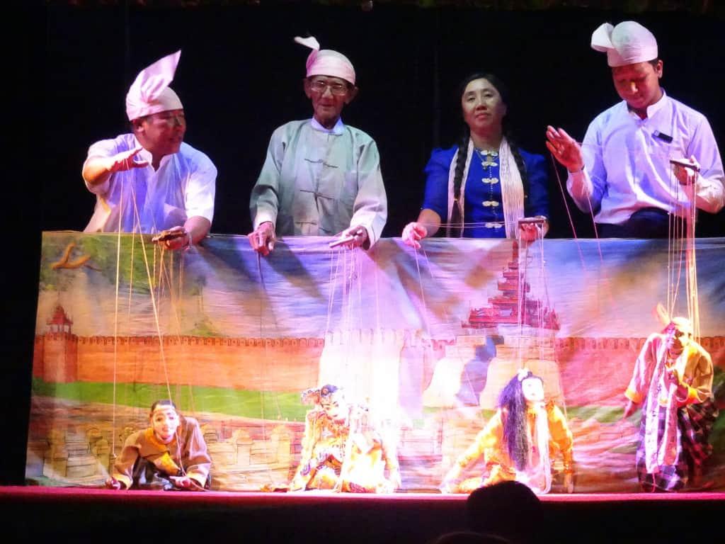 Mandalay marionett show