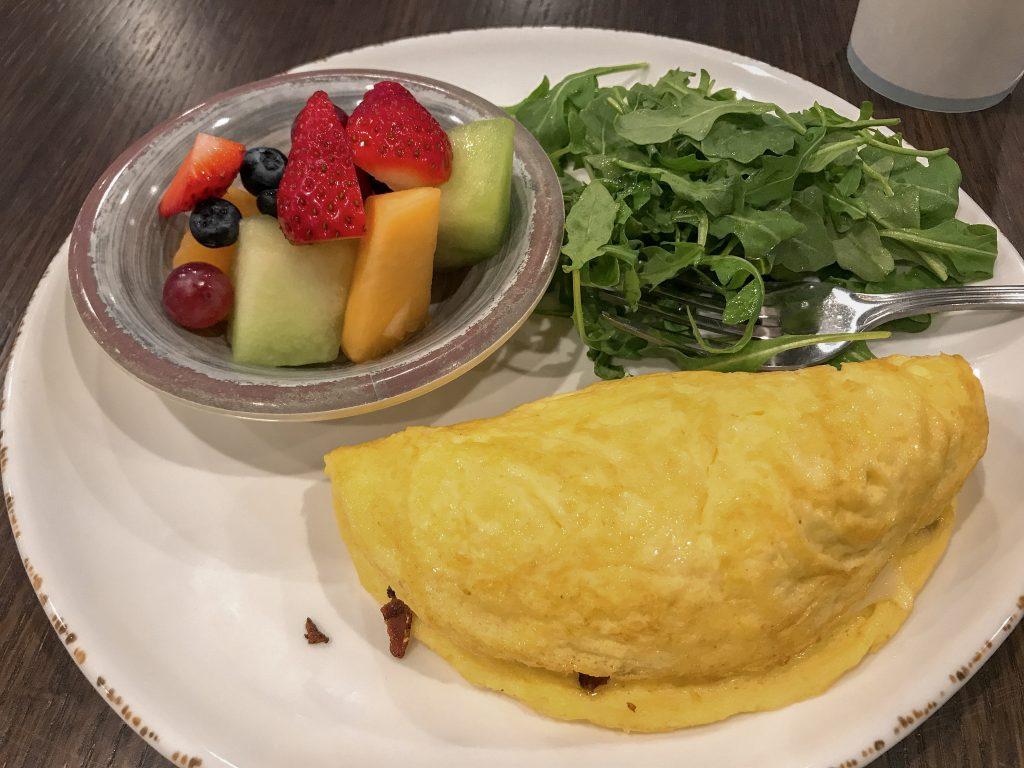 Roseville hotel Breakfast