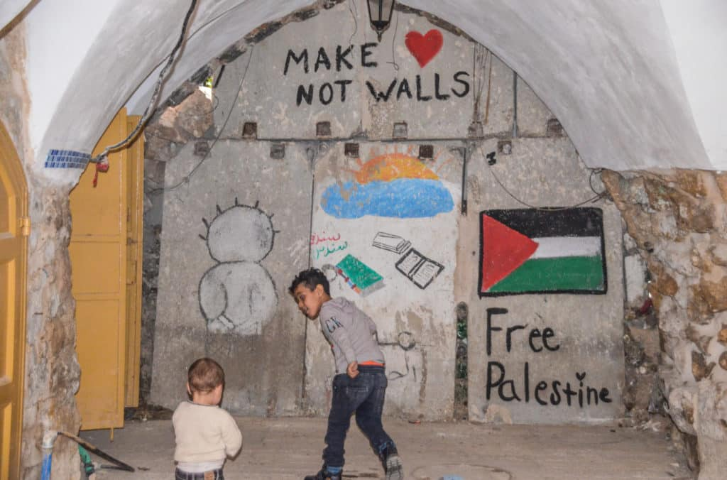 Make love not walls in Palestine