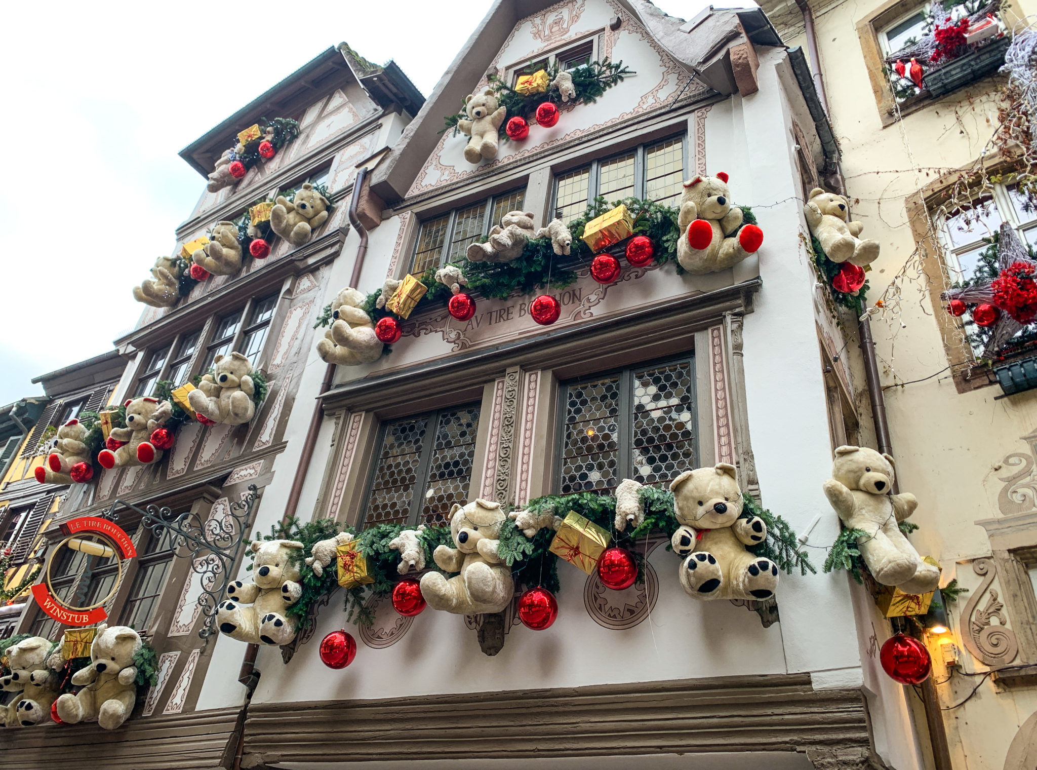 Teddy bears decorating a house in Strasbourg at Christmas